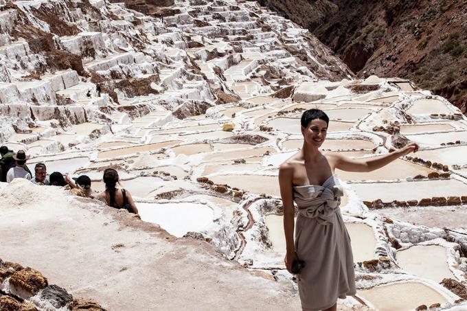 <p> Cánh đồng muối Maras ở Peru, theo cách nói của người phương Tây là đẹp quá sức tưởng tượng. Đây là một trong những trung tâm bán muối lớn nhất thế giới thời kỳ Inca của thế kỷ XV-XVI, nằm ở Sacred Valley, Cuzco, Peru.</p>