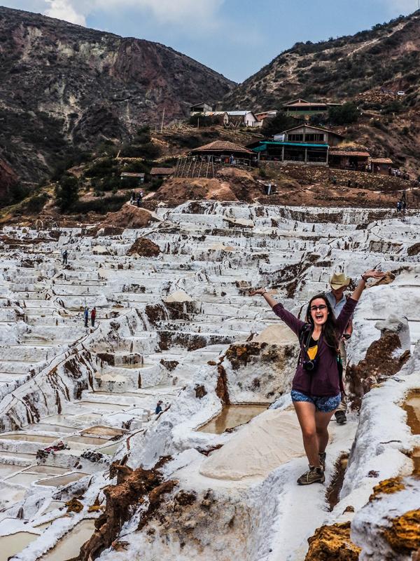 """<p> Cánh đồng muối trải dài hơn 1km nên bạn """"tha hồ"""" chụp ảnh """"sống ảo"""".</p>"""