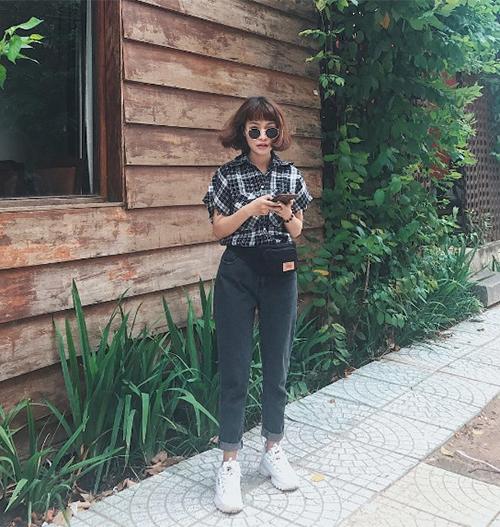 dan-hot-girl-viet-chung-minh-tui-deo-bung-la-mon-do-chat-nhat-2017-8
