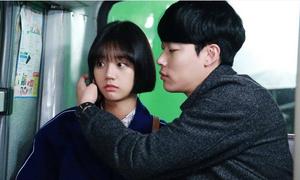 Cặp đôi 'hụt' Hyeri - 'Hwan mặt cún' Ryu Jun Yeol chính thức hẹn hò