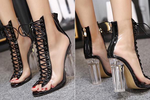 boots-sang-chanh-trong-suot-di-mua-sieu-chun-cua-lan-khue-chi-pu-gay-sot-2