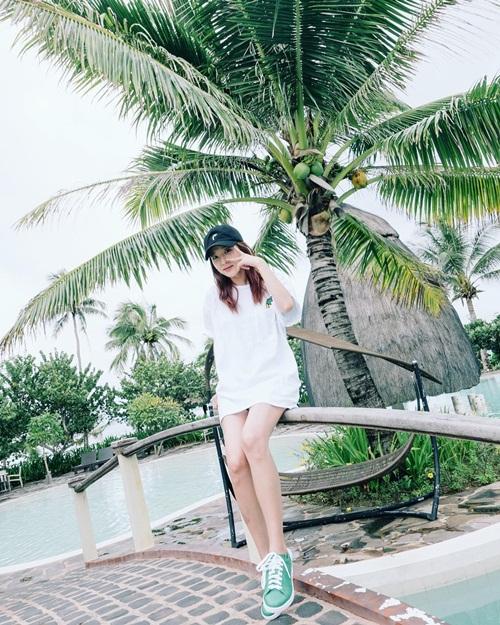 sao-han-17-8-suzy-khoe-nhan-sac-nu-than-hyun-ah-doi-style-thuc-nu-6