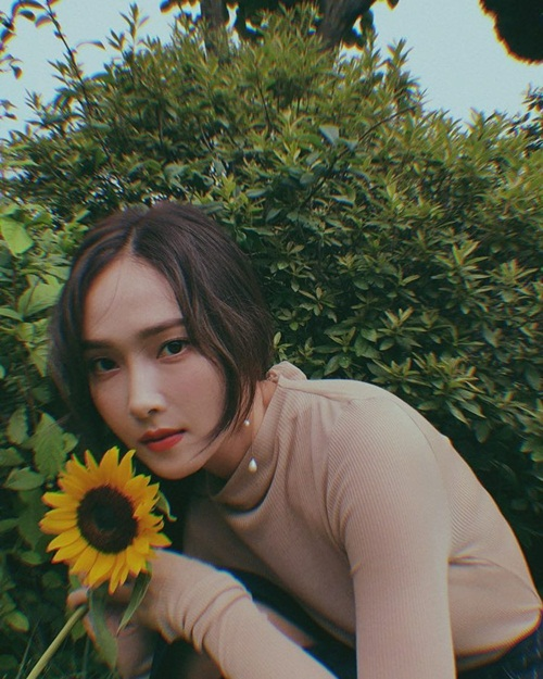 sao-han-17-8-suzy-khoe-nhan-sac-nu-than-hyun-ah-doi-style-thuc-nu-2-1