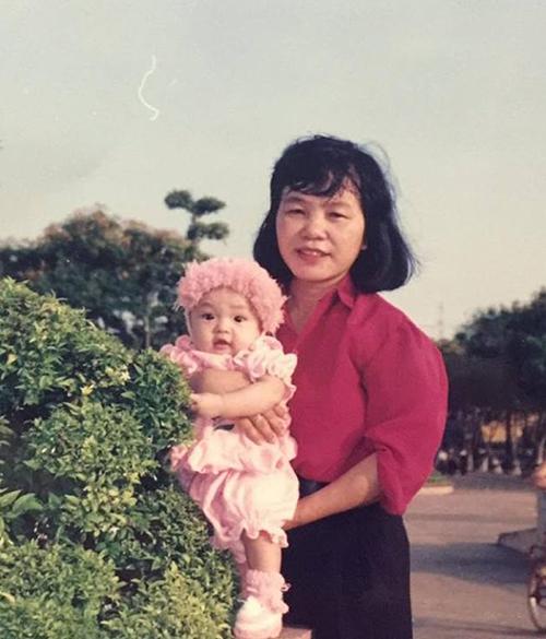 sao-viet-18-8-hari-won-an-khong-ngai-xau-phuong-trinh-sot-xuat-huyet-me-man-6