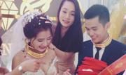 Cô dâu chú rể Nghệ An đeo vàng đầy cổ, được tặng biệt thự, ô tô