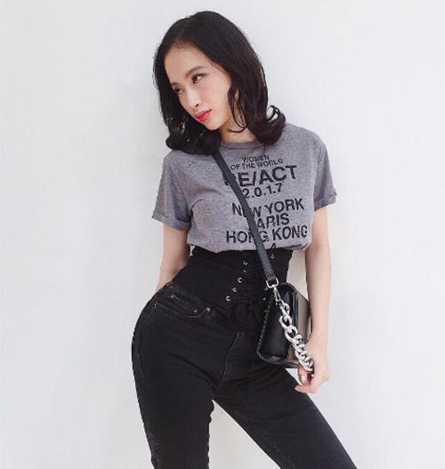 quan-ao-sexy-dam-chat-my-cua-nu-hoang-truong-hoc-angela-phuong-trinh-5