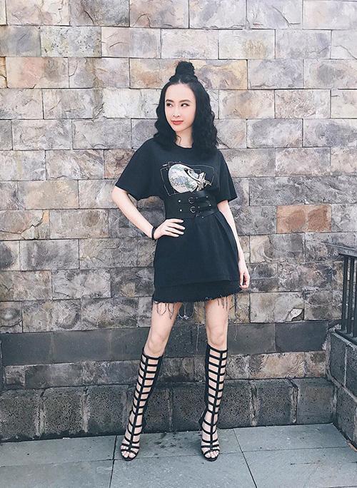 quan-ao-sexy-dam-chat-my-cua-nu-hoang-truong-hoc-angela-phuong-trinh-2