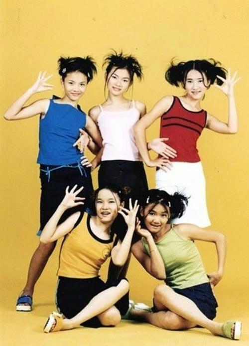 thoi-trang-cua-8x-9x-nam-2000-qua-3-girlgroup-dinh-dam-nhat-mot-thoi-9