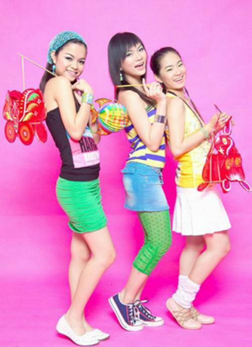 thoi-trang-cua-8x-9x-nam-2000-qua-3-girlgroup-dinh-dam-nhat-mot-thoi-1