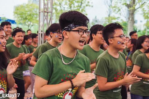 teen-chuyen-nguyen-hue-ha-noi-cuc-xinh-trong-ngay-hoi-truong-4
