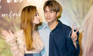 MLee xinh đẹp bên 'bạn trai' trong ngày ra mắt phim đầu tay