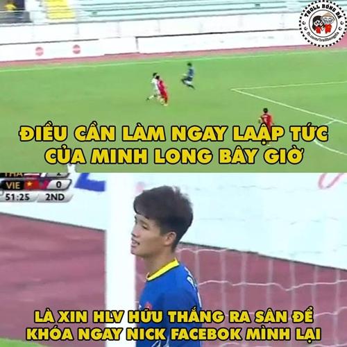 anh-che-viet-nam-xach-va-li-ve-nuoc-ngap-facebook-sau-tran-thua-thai-lan-3