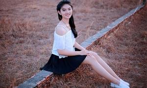 Nữ sinh có tiêu chuẩn như hoa hậu, giỏi ngoại ngữ hot nhất Miss Teen 2017