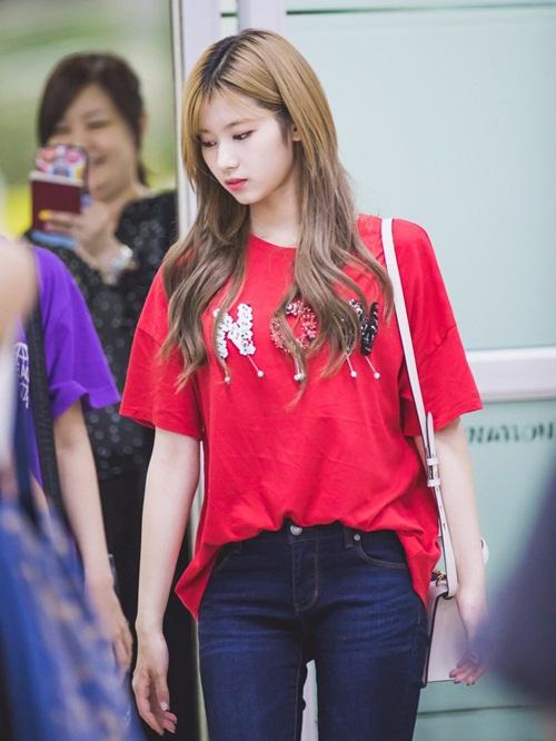 3-girl-group-dinh-dam-nhat-kpop-khoe-style-ca-tinh-o-san-bay-4