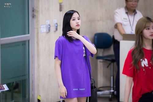 3-girl-group-dinh-dam-nhat-kpop-khoe-style-ca-tinh-o-san-bay-5