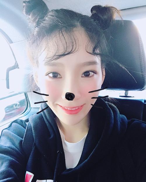 sao-han-28-8-tae-yeon-cua-sung-lam-nghe-ji-soo-hoa-nu-sinh-xi-tin