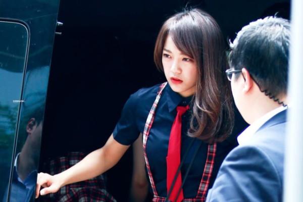 thoi-gian-ngu-it-oi-dang-bao-dong-cua-loat-than-tuong-kpop-1