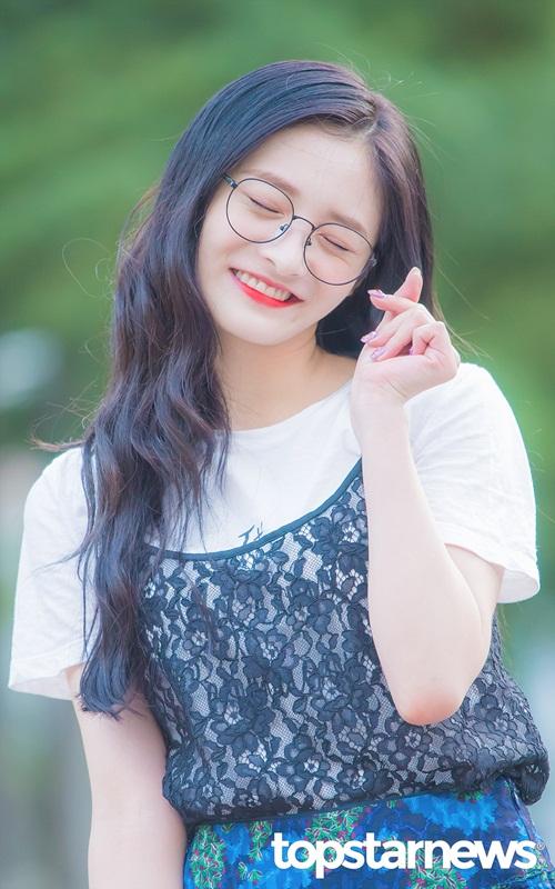 hyun-ah-do-sac-cung-dan-my-nhan-cua-produce-101-6