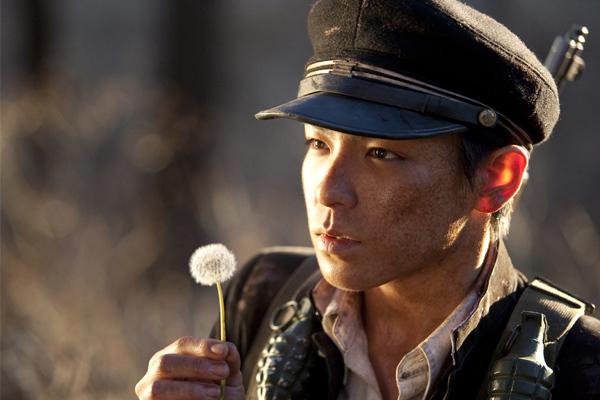 8-bo-phim-han-de-tai-chien-tranh-gay-rung-dong-7