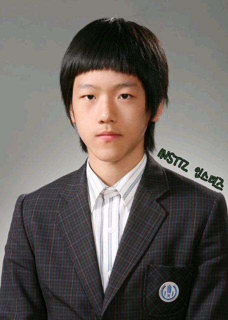 nhung-buc-anh-truoc-debut-khien-sao-kpop-khong-muon-nhin-lai-13