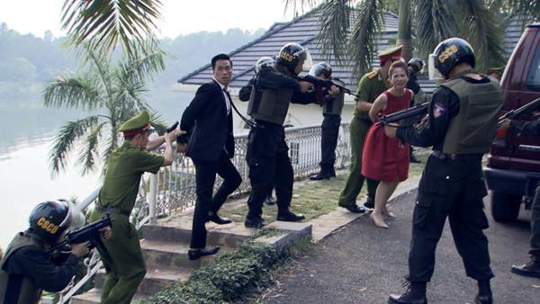 khong-phai-phan-quan-day-moi-la-nhan-vat-bi-kich-nhat-tap-cuoi-nguoi-phan-xu-2