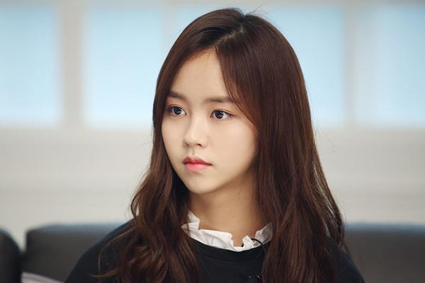 Kim So Hyun xuất sắc góp mặt trong danh sách sao kiếm tiền giỏi nhất showbiz Hàn trong 3 tháng đầu năm 2017