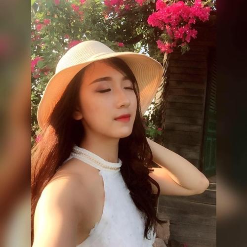 ve-dep-nhu-hot-girl-cua-co-giao-tieu-hoc-bui-thuy-ngan-1