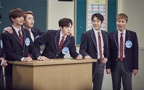 dan-idol-han-so-do-tuoi-xinh-voi-dong-phuc-trong-show-thuc-te-hot-7