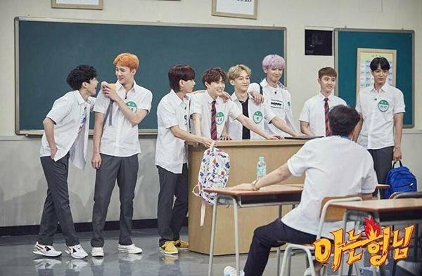 dan-idol-han-so-do-tuoi-xinh-voi-dong-phuc-trong-show-thuc-te-hot-5