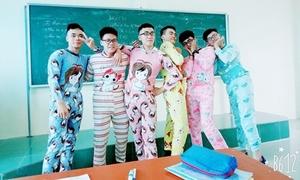 Hội trai đẹp lớp cấp 3 em trai Sơn Tùng diện đồ ngủ pose hình 'yểu điệu thục nữ'