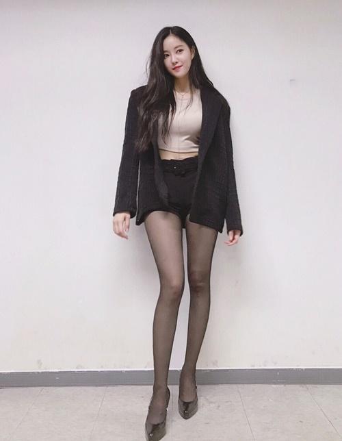 sao-han-9-9-hyo-min-chan-dai-gap-doi-nguoi-kim-so-hyun-lay-lai-ve-nu-than