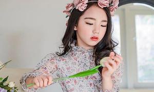 Thế hệ 10x Hàn chưa học xong cấp 1 đã thành thạo phấn son