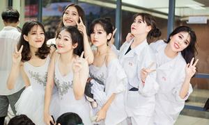 Dàn teen xinh Hà Nội – Ams rạng ngời trong lễ hội trường lớn nhất năm