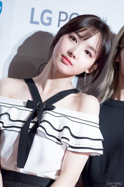 12-my-nhan-the-he-moi-duoc-cho-don-nhat-tren-tham-do-kpop-1