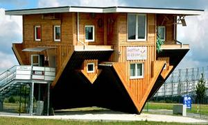 Những ngôi nhà độc lạ có 1-0-2 trên thế giới