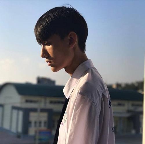 4-trai-dep-khoa-facebook-quyet-khong-chia-se-thong-tin-sau-buc-anh-gay-bao-mxh-5
