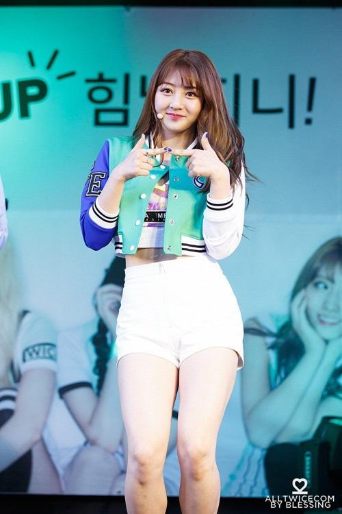 9-idol-nu-co-than-hinh-day-dan-tro-thanh-doi-tuong-tan-cong-cua-netizen-han-8