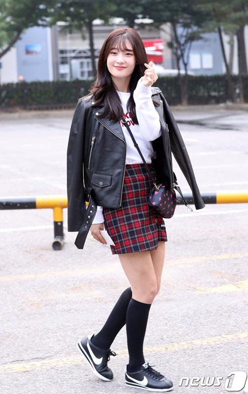 exo-va-dan-my-nhan-kpop-khoe-style-ngay-dau-thu-1