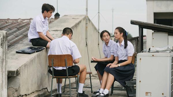 ngam-dong-phuc-nu-sinh-goi-cam-nhat-the-gioi-3