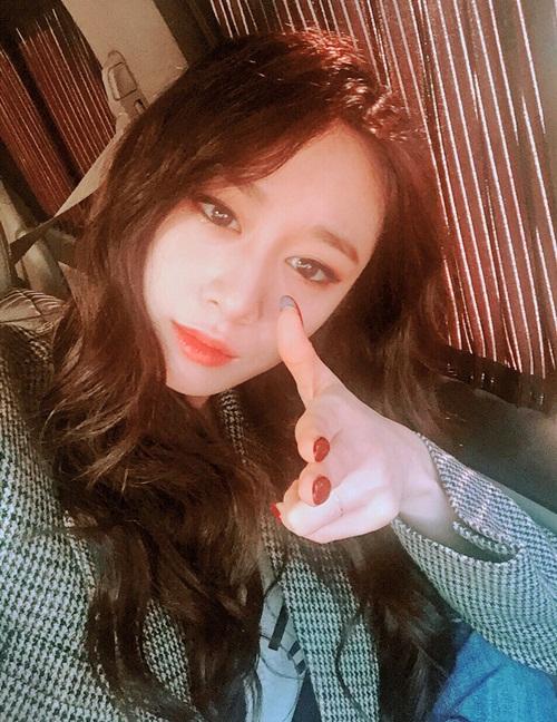 sao-han-20-9-se-hun-su-ho-do-ve-dep-trai-hyo-min-khoe-chan-dai-cuc-chat-4