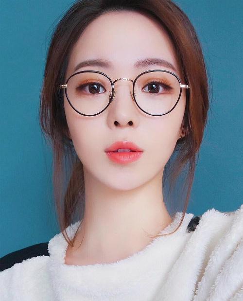cach-trang-diem-sieu-chun-cho-mua-thu-de-xinh-nhu-hot-girl-1