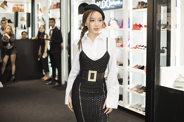 bang-di-khoe-tai-tu-mix-do-dinh-khong-kem-stylist-3