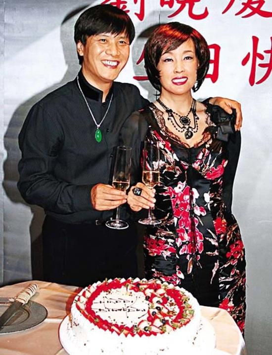 Cuộc hôn nhân thứ 3 của Võ Tắc Thiên - Lưu Hiểu Khánh là với phi công trẻ A Phong