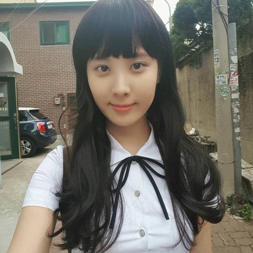 4-nu-than-kpop-mat-ro-xinh-nhung-thuong-bi-che-thieu-muoi