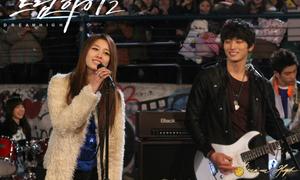 Những bài hát được xem như 'liều thuốc tinh thần' của Kpop
