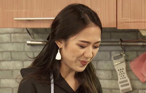 chieu-an-mac-cua-trang-cherry-trong-phim-de-khan-gia-muon-quen-cung-khong-duoc-5
