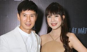 Lý Hải - Minh Hà chi mạnh phá nát xế hộp trong 'Lật mặt 3'