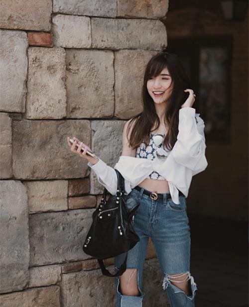 dan-hot-girl-sanh-dieu-o-ngoi-truong-danh-gia-bac-nhat-thai-lan-8