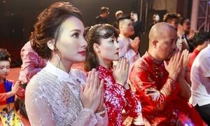 Nghệ sĩ Việt thành kính trong Lễ giỗ Tổ nghề sân khấu ở Hà Nội