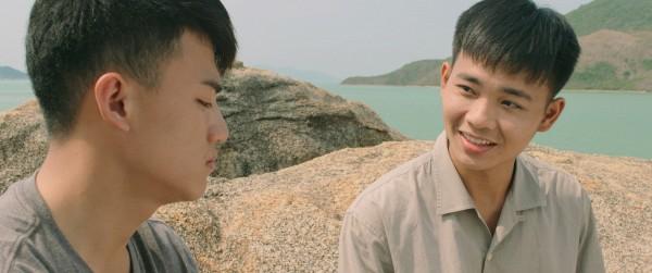 5-diem-sang-lam-hu-nu-thon-thuc-trong-phim-tao-khong-xa-may-6